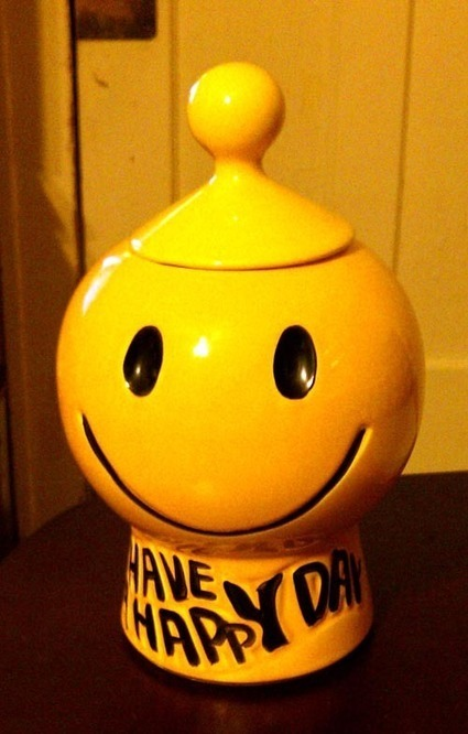 Have A Happy Day, It's A Real McCoy Cookie Jar!   Antiques & Vintage Collectibles   Scoop.it