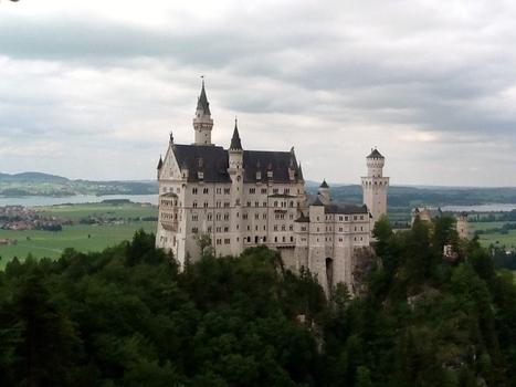 Goldwing - Fussen le château Neuschwanstein (Aut) à Moto   Voyages et balades à moto   Scoop.it