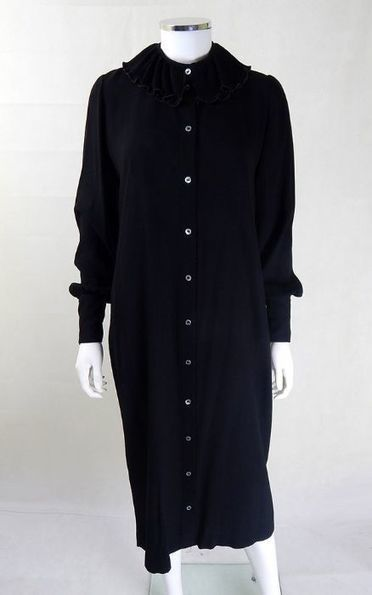 1970s Zandra Rhodes Black Statement Collar Dress | Designer Vintage Dresses | Vintage Zandra Rhodes Dress | Vintage Clothing | Scoop.it