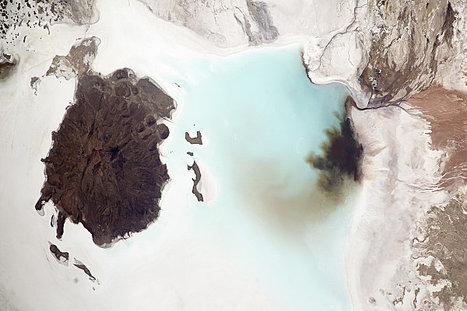 Bolivie : le Salar de Coipasa et le Tata Sabaya. | Autour des volcans | Scoop.it