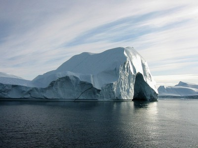 The Arctic's Most Productive Glacier Has Shed an Area the Size of Manhattan Over Last 12 Years   All about water, the oceans, environmental issues   Scoop.it