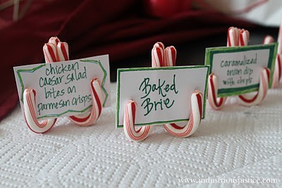 Christmas place card holders using candy canes | Candy Buffet Weddings, Events, Food Station Buffets and Tea Parties | Scoop.it