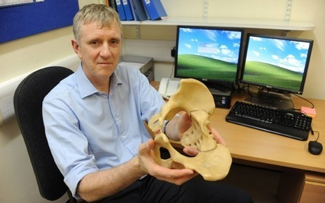 British surgeon uses 3D printing to create pelvis for a cancer patient   3D_Materials journal   Scoop.it