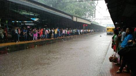Heavy rain brings Mumbai to a standstill; flights, trains suspended - Times of India | News, Analysis, Entertainment | Scoop.it