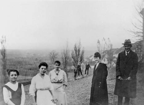 A DIFFERENT Kafka by John Banville | The New York Review of Books | Le BONHEUR comme indice d'épanouissement social et économique. | Scoop.it
