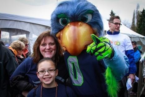 Meet Ryan Asdourian: The Microsoft evangelist who doubles as the Seattle Seahawks mascot - GeekWire | Get Your Geek On | Scoop.it