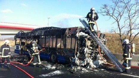La rocade toulousaine coupée en raison de l'incendie d'un bus – incendie - France 3 Midi-Pyrénées | Toulouse La Ville Rose | Scoop.it