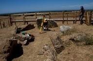 PORTUGAL : ANTA DA PEDRA BRANCA (MELIDES) EM GRÂNDOLA PROJECTO DE ESTUDO E REABILITAÇÃO DA COLINA TUMULAR | World Neolithic | Scoop.it