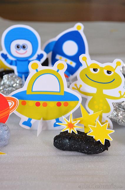 Space Crazy! Free Printable Space Characters. - picklebums.com | Book Week | Scoop.it