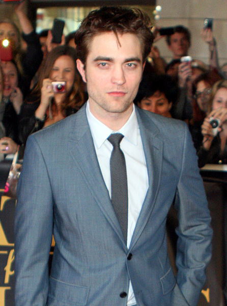 Robert Pattinson not With Kristen Stewart After All? - Gather Celebs News Channel | The Twilight Saga | Scoop.it