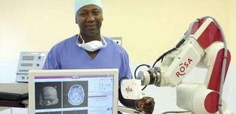 Après la tête, le robot de Bertin Nahum, fondateur de Medtech, opère le dos | Santé Industrie Pharmaceutique | Scoop.it