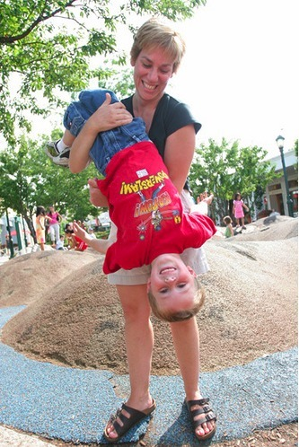 11 Types of Moms at the Playground | Kickin' Kickers | Scoop.it