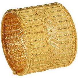 Bridal Gold Bangle Designs for Celebration of Auspicious Event | Motherhood | Scoop.it