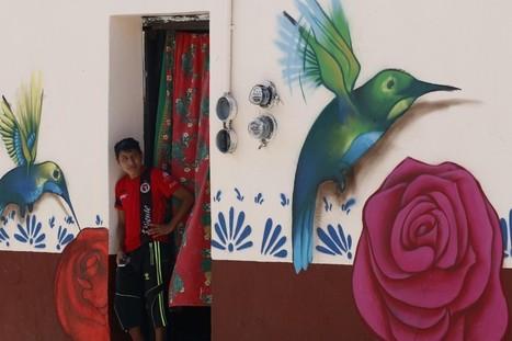 Barrio mexicano reduce la criminalidad a través del arte (video y fotos) | La Opinión | Resiliencia y aprendizaje | Scoop.it