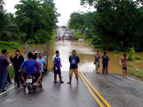 Thousands of Ranong residents evacuated - The Nation | Thailand Business News | Scoop.it