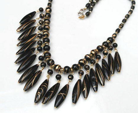 Gold and Black Bead Bib Necklace | teamlove jewelry | Scoop.it
