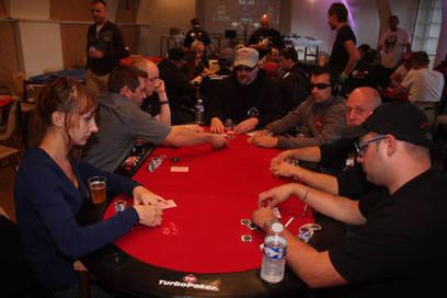 Le Puy-en-Velay : une étape du championnat de France de poker par équipe - actualité : L'Eveil | Actualité Poker | Scoop.it