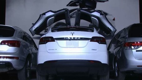 Tesla unveils the Model X - the world's longest-range electric SUV | Inhabitat - Sustainable Design Innovation, Eco Architecture, Green Building | Sustain Our Earth | Scoop.it