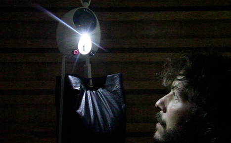 GravityLight: lighting for developing countries. | Transición | Scoop.it