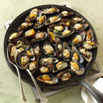 Mussels on the Half Shell with Parmesan and Garlic Recipe from Weber Grills and Accessories | SEAFOOD RECIPES | Scoop.it