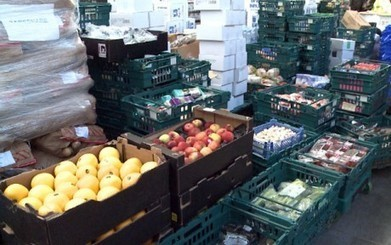 My visit to a food bank: too many young adults lack the basic skills to care for themselves – Telegraph Blogs | Food banks | Scoop.it