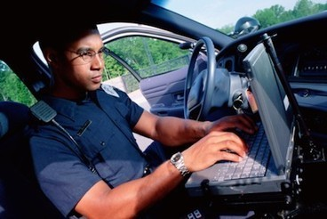How to Become a Police Officer   What does it take to become a police officer?   Scoop.it
