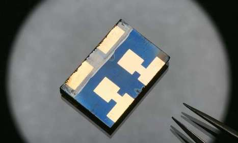 Perovskite solar cells surpass 20 percent efficiency | Post-Sapiens, les êtres technologiques | Scoop.it