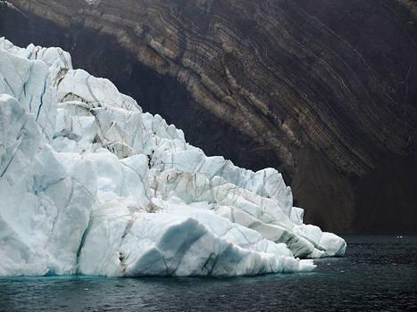 Hurtigruten : le MS Fram navigue dans Alpefjord, Groenland nord-est | Hurtigruten Arctique Antarctique | Scoop.it