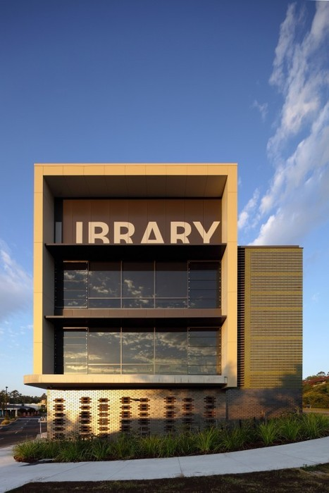 Helensvale Branch Library and CCYC / Complete Urban + lahznimmo architects | SocialLibrary | Scoop.it