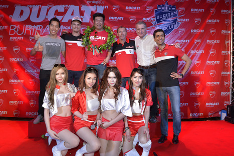Aruba.it Racing – Ducati Superbike Team - Chang SBK Round 2 Photo Gallery | Desmopro News | Scoop.it