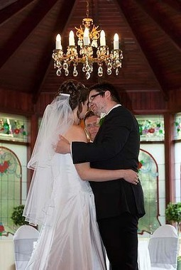 """Wedding Photographer Sued for Missing the """"Money Shot"""" : Unique Photo Blog, News and Reviews 