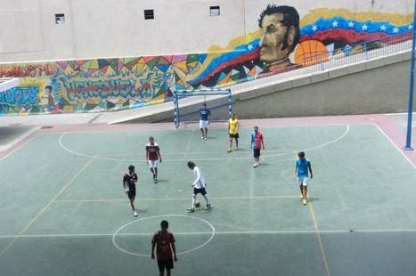 Photo essay: Political graffiti and street art in Caracas | Suffragio | Global Street Art | Scoop.it