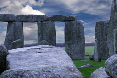 "GB : WCSFP '13: BBC, CBC unite for ""Stonehenge"" copro 