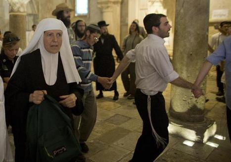 Radical Jews protest at holy Jerusalem site | Because they can... | Scoop.it