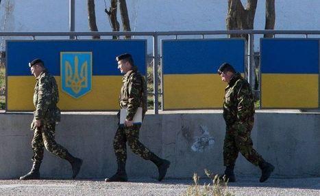 Crimée : une base ukrainienne prise d'assaut par les Russes - Libération | la crimée | Scoop.it