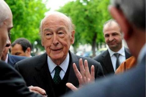 Valéry Giscard d'Estaing en promenade à Chinon | Chatellerault, secouez-moi, secouez-moi! | Scoop.it