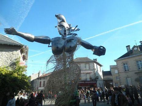 «Rue libre !» : «Les restrictions dans l'espace public dénaturent l'artistique»   théâtre in and off   Scoop.it