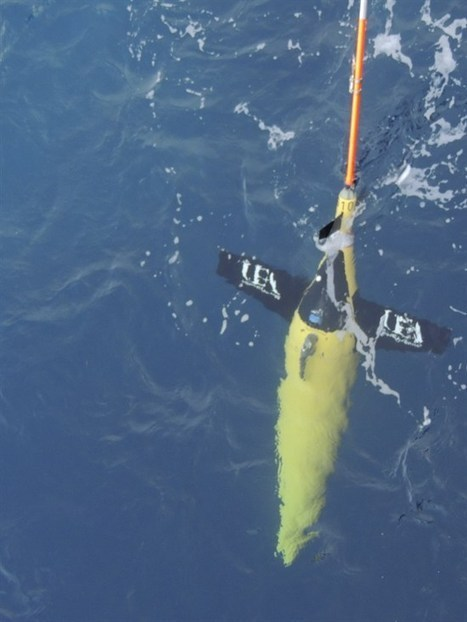 Robotic underwater gliders reveal why the Antarctic ice sheet is melting 150 billion tons per year | Amazing Science | Scoop.it