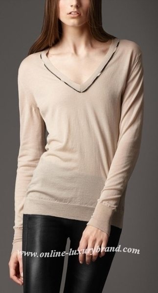Burberry Lady Merino Wool Sweater Beige [B006262] - $148.00 : Burberry Outlet Stores,Burberry Outlet Online,Cheap Burberry For Sale | Burberry | Scoop.it