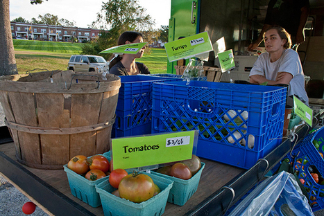 Mobile Farmer's Market Travels To Produce-Deprived Neighborhoods - PSFK | Eco Reality | Scoop.it