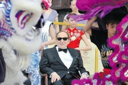 Internet Poker Opponent Sheldon Adelson Sees 'Net Worth' Drop By Billions | This Week in Gambling - News | Scoop.it