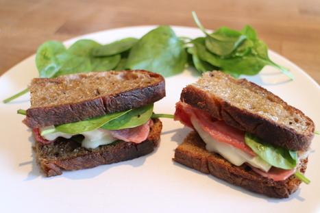 Sandwich au Rocamadour, bacon et pousses d'épinard | The Voice of Cheese | Scoop.it
