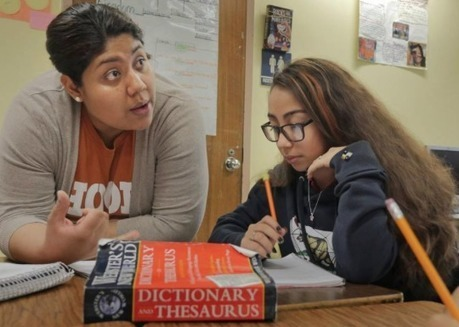 Students in dual-language programs, such as Dallas ISD's Rosemont, struggle at first | Spanish in the United States | Scoop.it