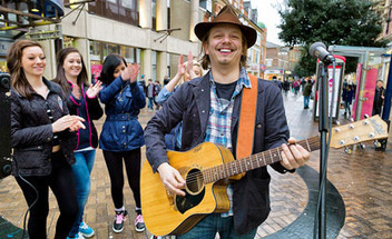 London Life Archive -feb 2012 ..Evening Standard article..Commuters' favourite swaps busking for the big time with recording deal | Busking | Scoop.it