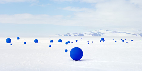 Artist Recreates Antarctic Sky On The Icy Expanses Of The South Pole | Visual Culture and Communication | Scoop.it