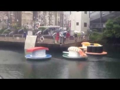 Des #sushis géants voguent sur le canal de #Dotonbori à #Osaka | What makes Japan unique | Scoop.it