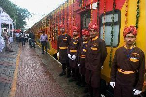 Double-decker train Delhi to Jaipur | Luxury Trains | Scoop.it