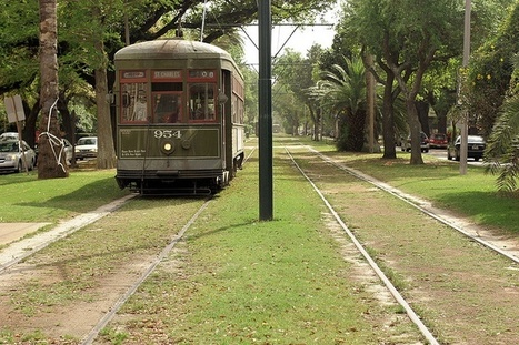Why Did Some Streetcars Survive When Most Didn't? | green streets | Scoop.it