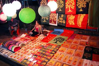 Mercado nocturno de Luang Prabang | Laos | Scoop.it