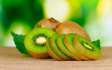 """9 Kiwi Fruit Benefits - Reducing Cancer Risk, Promoting Vision (""""a small fruit with a lot of punch"""") 